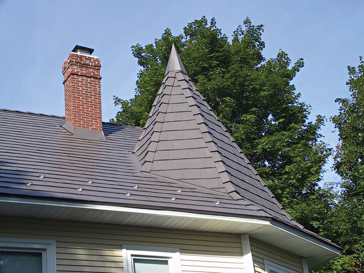 Oxford metal shingle classic metal roofing systems for Roof shingles styles